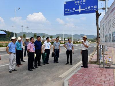 湘桥区人大常委会组织人大代表视察重点项目建设情况--积极建言献策 助推工程建设