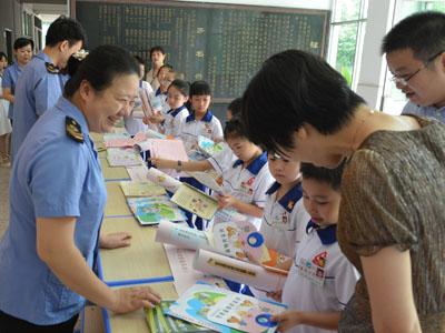 湘桥区开展食品安全宣传周系列活动--共治共享食品安全