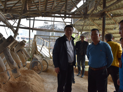 """湘桥区开展""""五违""""瓷泥企业专项整治行动--16家整改不到位瓷泥加工场被查处"""