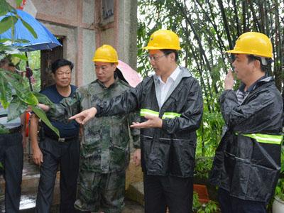 """湘桥区落实措施防御超强台风""""海马""""--组织超万人抢险队伍 转移群众672人"""